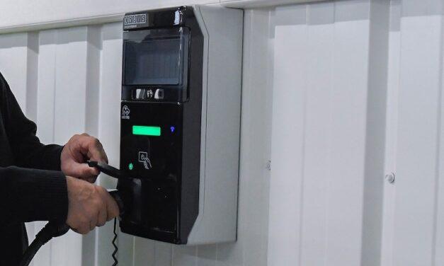 La EMT de València alquilará puntos de recarga para el proyecto de coches eléctricos compartidos de CarGreen
