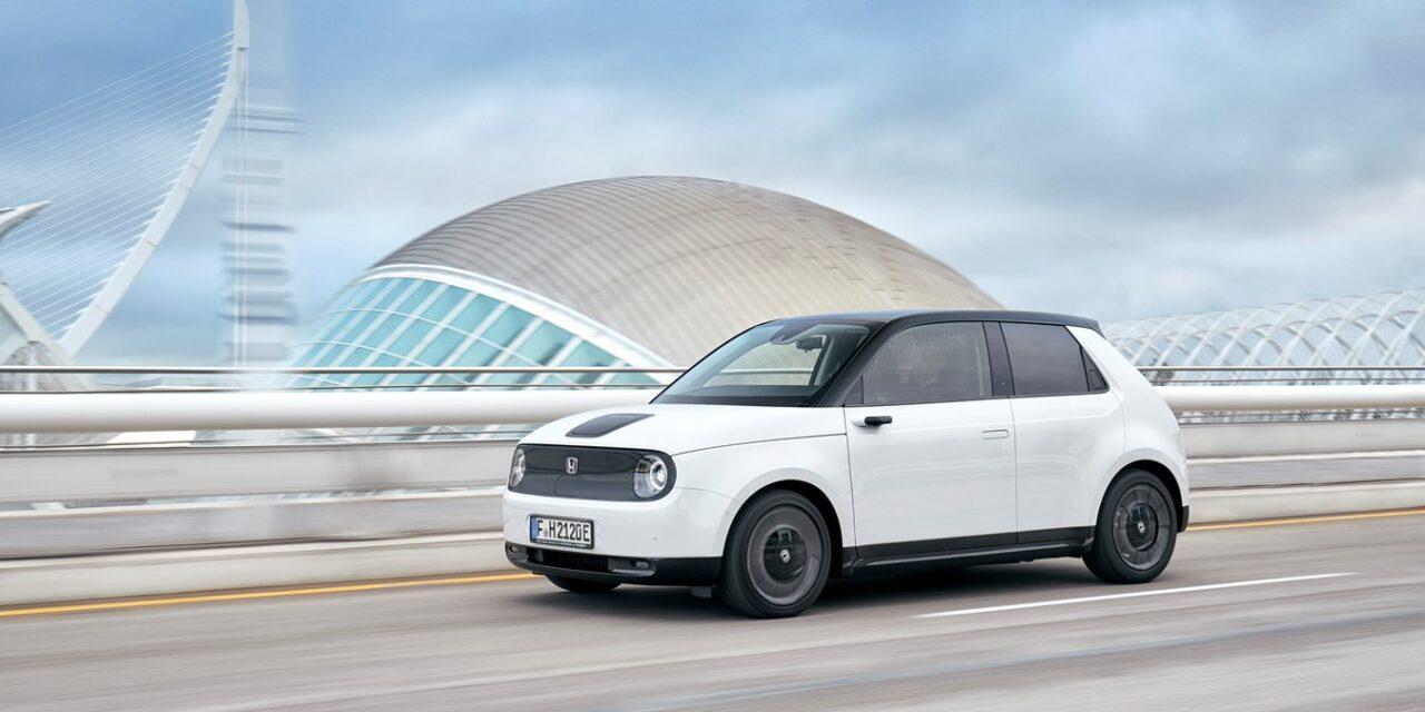 Honda e, primer automóvil japonés premiado como 'Coche del Año en Alemania'