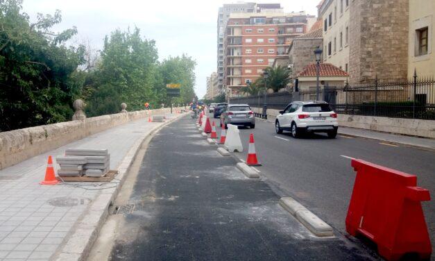 Las obras del nuevo carril bici en el paseo de Ciudadela de València completan el anillo ciclista