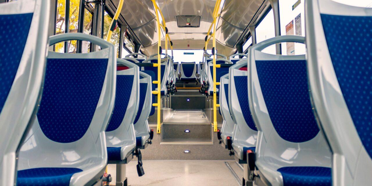 La Generalitat Valenciana estudia otorgar ayudas al sector del transporte discrecional de pasajeros para paliar las pérdidas del sector