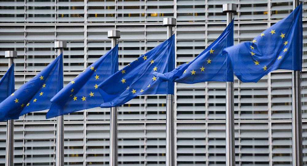 La UE invertirá 10.000 millones de euros en transición ecológica y digital