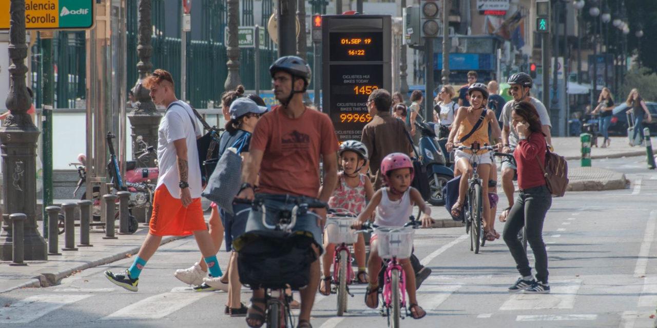 Ayudas directas de hasta 250 euros para la compra de bicicletas y patinetes