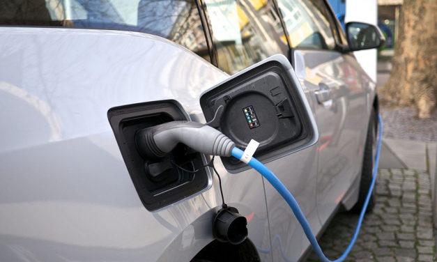 Castellón implantará 20 puntos de recarga para vehículos eléctricos