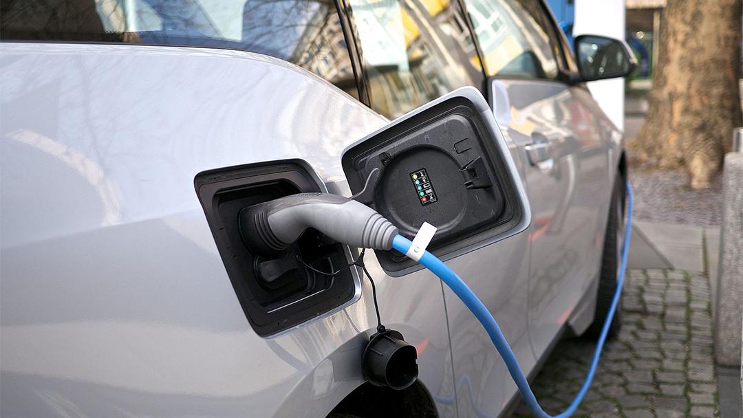 La implantación de puntos de recarga, los auténticos 'quitamiedos' para apostar por los vehículos eléctricos