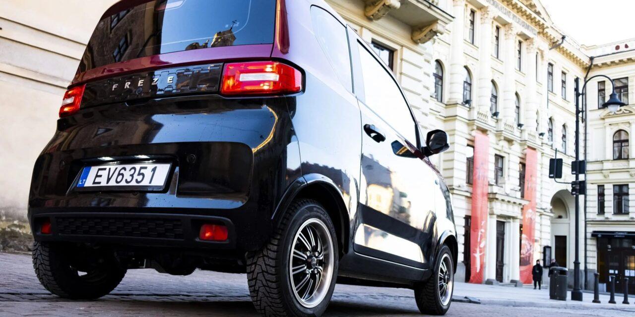 Llega a España el Dartz Freze Nikrob, el coche eléctrico más barato y vendido del mundo