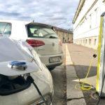 Diversas organizaciones urgen al Gobierno que solo coches eléctricos se libren de tasa matriculación