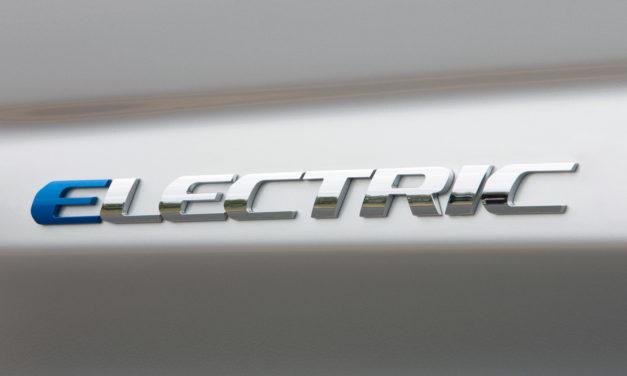 Bautizando coches eléctricos
