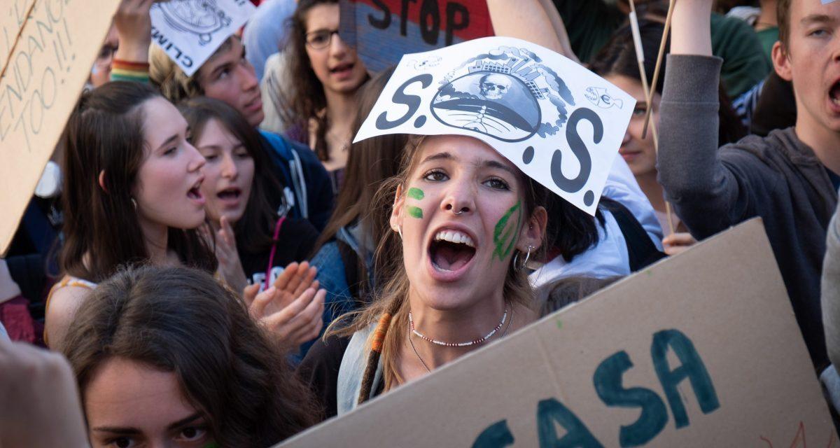 """Organizaciones ecologistas en todo el mundo se movilizan frente a las """"promesas vacías"""" de los Gobiernos"""