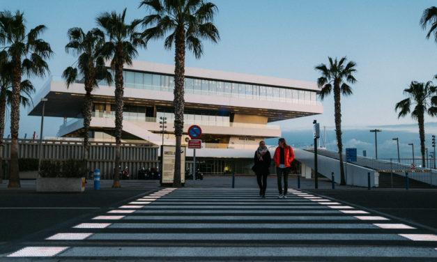 Primer paso de peatones inteligente en la ciudad de València
