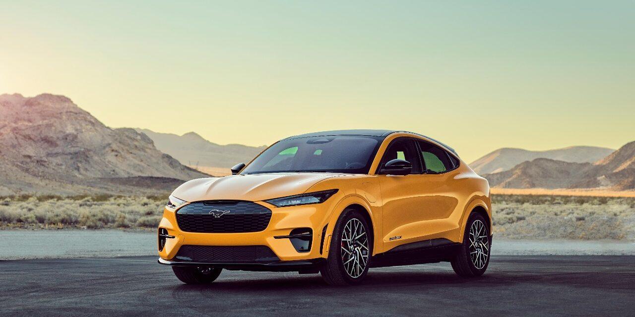 Ford lanza las versiones más potentes del nuevo eléctrico Mustang Mach-E