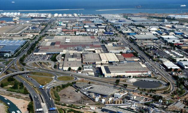 La mesa de Nissan recibe varios proyectos vinculados a la electromovilidad para reindustrializar las plantas de Barcelona