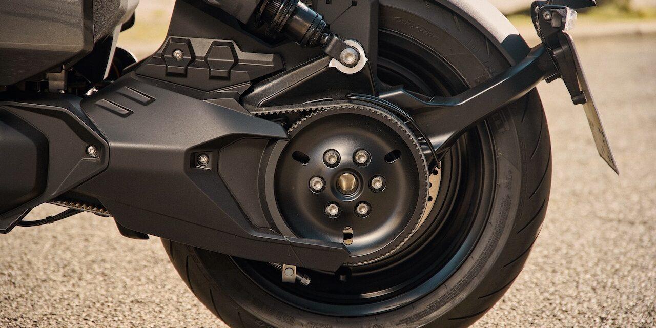 BMW presenta la CE 04, su revolucionaria apuesta de moto eléctrica para la ciudad