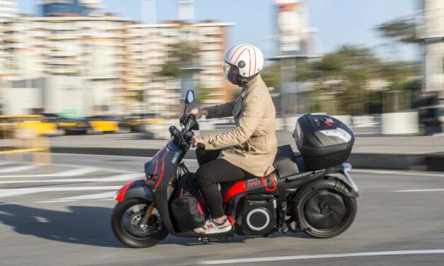 Seat prueba un modelo de suscripción de su moto eléctrica por semanas o meses