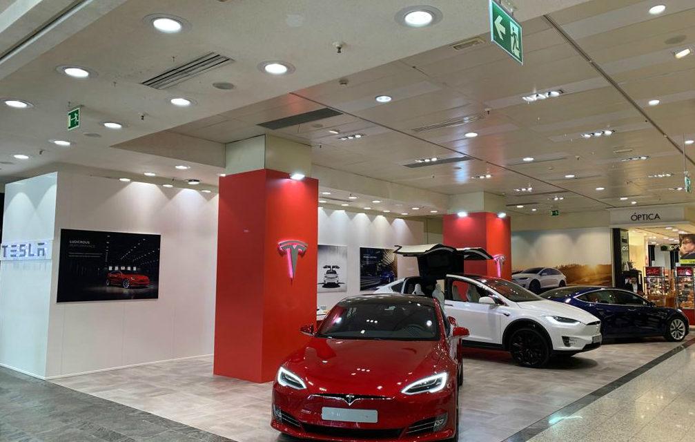 Tesla inaugura tienda en València