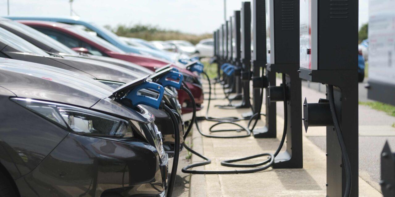 Nissan, E.ON Drive y el Imperial College resaltan el ahorro de la tecnología Vehicle-to-Grid