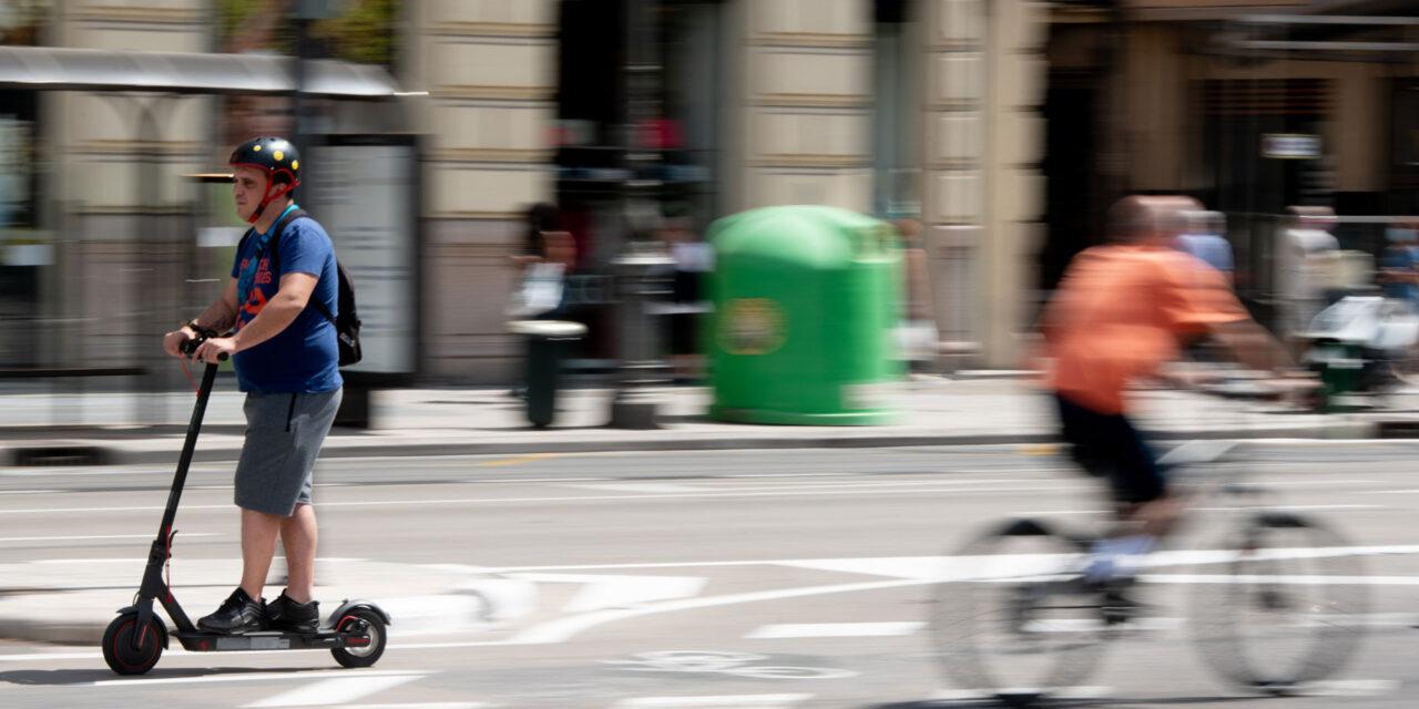 La pandemia atrae a 700.000 nuevos usuarios de bici y 370.000 de patinete