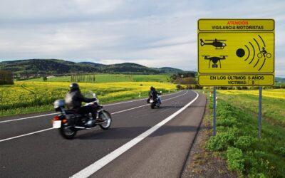 La DGT señalizará los ocho tramos de más riesgo para motoristas en Valencia