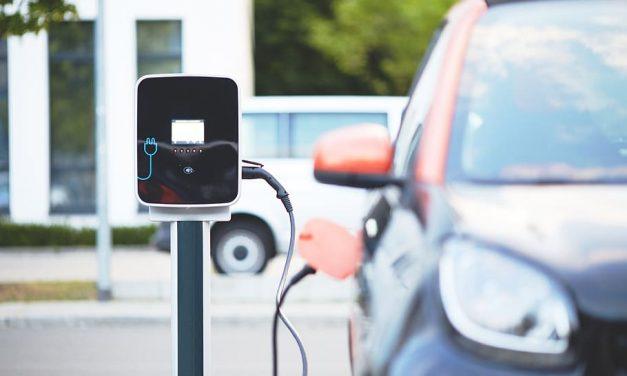 El Ivace reactiva las ayudas al autoconsumo y la instalación de puntos de recarga para vehículos eléctricos