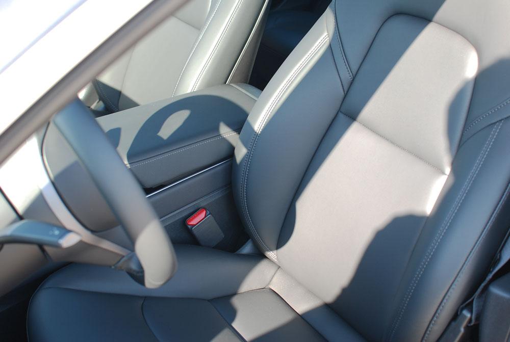 etiqueta-zero-asientos-delanteros-tesla-model-3
