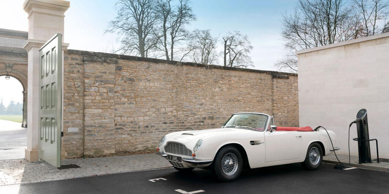Aston Martin crea un programa para la electrificación de sus coches clásicos