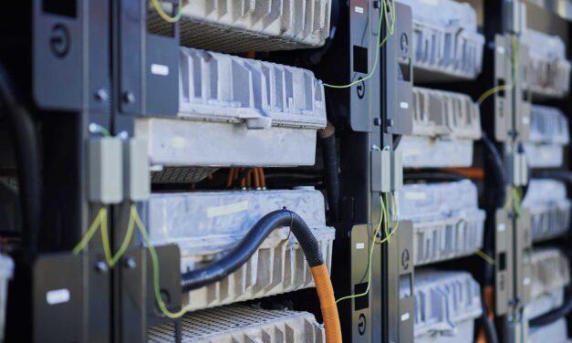Renault baraja fabricar baterías por su cuenta al margen de otros fabricantes