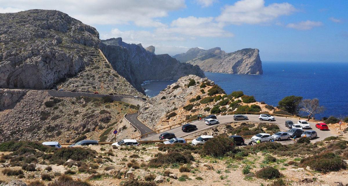 Baleares aprueba la ley que prohibirá la circulación de vehículos contaminantes