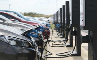 La movilidad eléctrica se llevará 19 de cada 100 euros de la UE hasta 2023