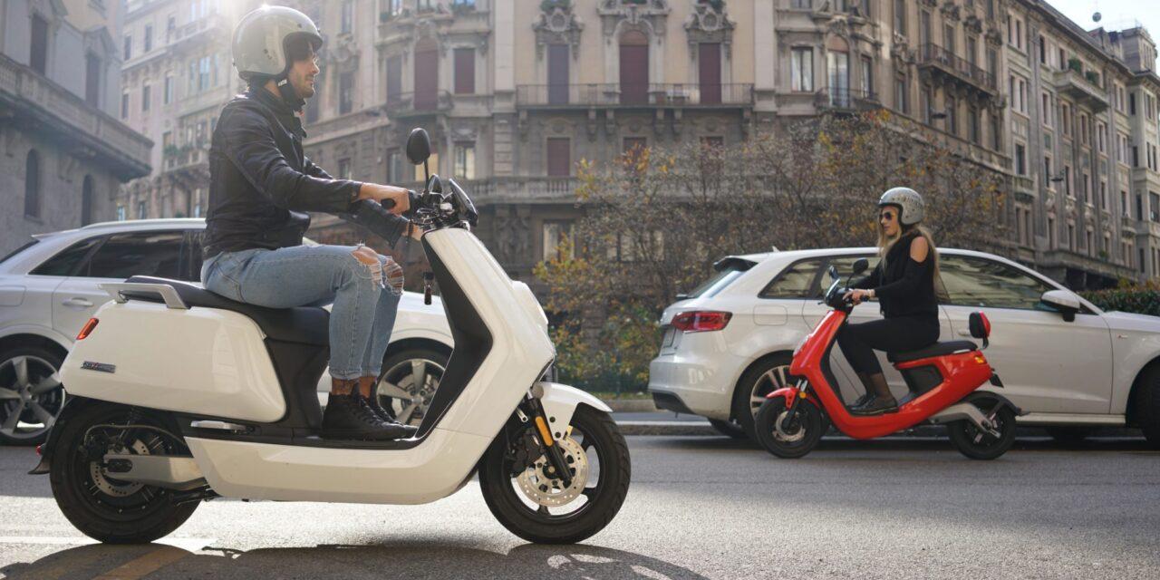 ¿Cuanto ahorra un scooter eléctrico respecto a uno de gasolina?