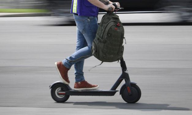 La asegura AXA lanza una póliza destinada a patinetes eléctricos