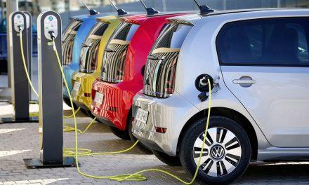 Por qué el 'renting' es el chispazo que necesitan los vehículos eléctricos