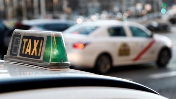 Free Now dará hasta 5.000 euros a sus taxistas para comprar coche eléctrico