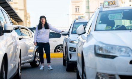 El difícil arranque del taxi eléctrico