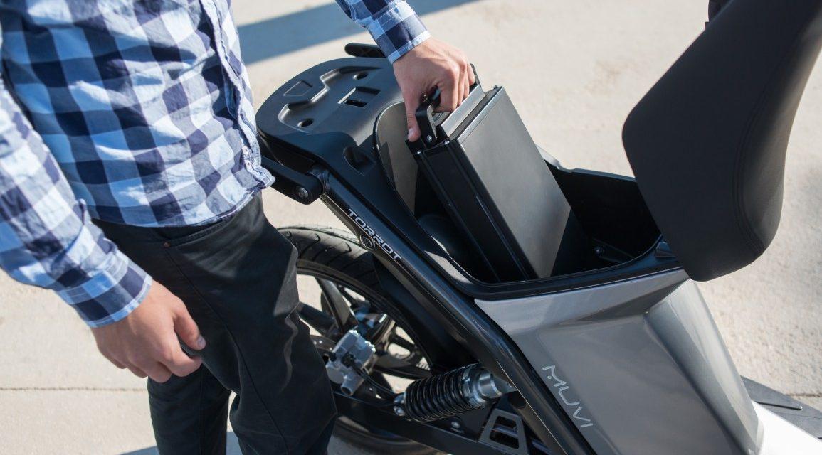 Los fabricantes de motos eléctricas apuestan por las baterías intercambiables