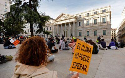 Organizaciones ecologistas tildan de 'poco ambiciosa' la nueva Ley del Clima