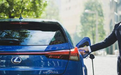 Lexus comienza las entregas de las primeras unidades del nuevo UX eléctrico