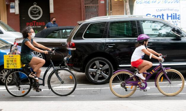 La movilidad en bicicleta se mantiene durante la pandemia mientras descienden los desplazamientos en coche