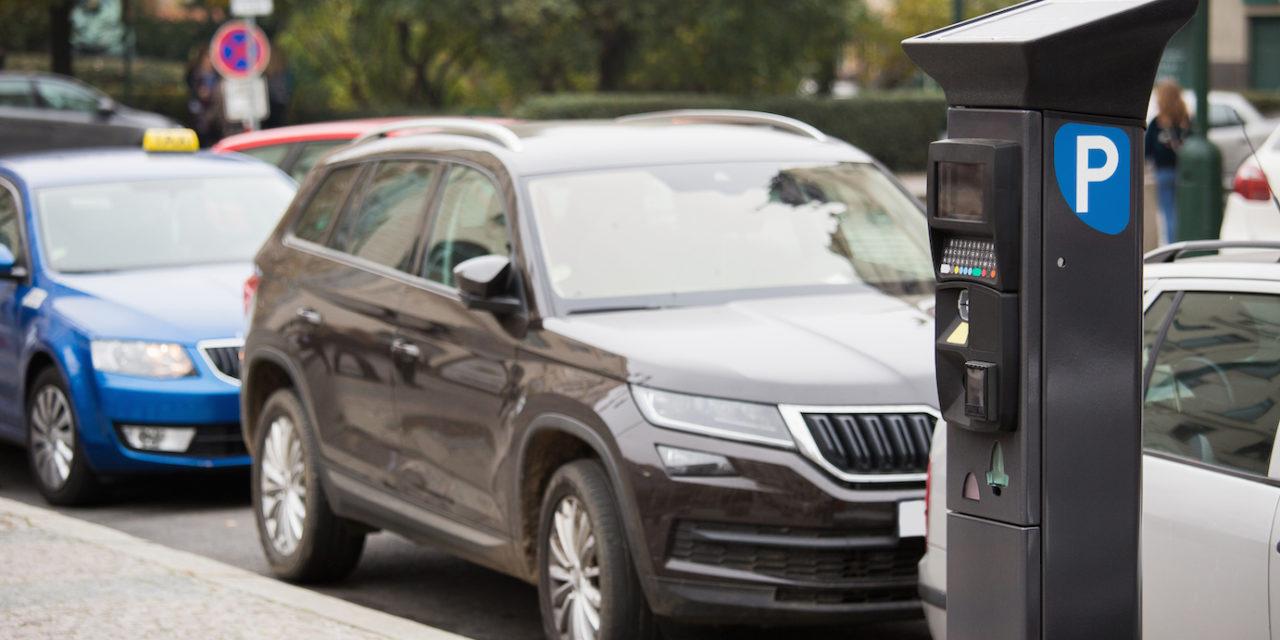 Los vehículos 'cero emisiones' quedan exentos de pagar la ORA en València
